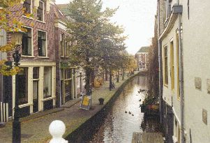 The street, named 'Kooltuin' and its canal.